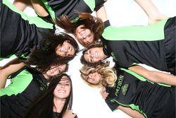 Patron girls pose in circle