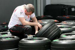Mécanicien McLaren Mercedes
