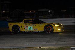 #4 Corvette Racing Chevrolet Corvette C6R: Olivier Beretta, Oliver Gavin, Max Papis