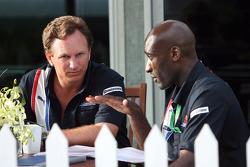 Takım Patronu Christian Horner ve Antrenör Roger Cleary