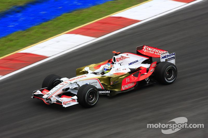 10. Adrian Sutil (128 corridas)