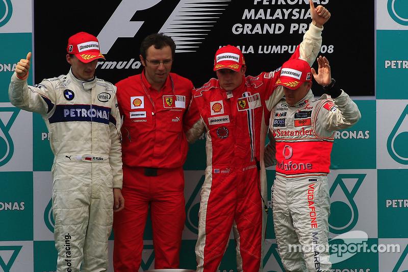 Kubica ficou em segundo e o finlandês Heikki Kovalainen em terceiro com a McLaren