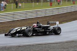 Henry Arundel - Raikkonen Robertson Racing at Lodge Corner