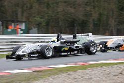 Sebastian Hohenthal - Fluid Motorsport at Lodge Corner