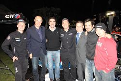 Equipe Casteu: David Casteu, Michael Pisano et Ludovic Boinnard posent avec Luc Alphand et Stéphane Ortelli
