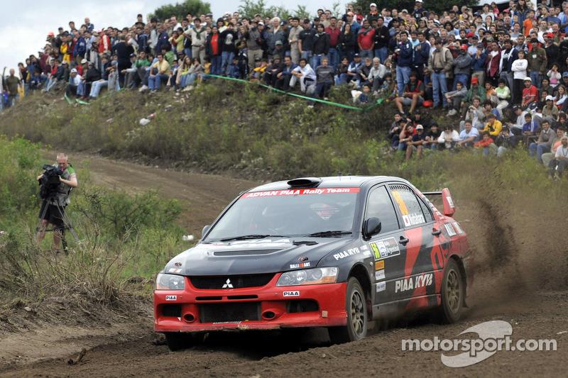 Fumio Nutahara and Daniel Barritt, Mitsubishi Lancer Evolution IX