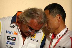 Flavio Briatore, Renault F1 Team, Team Chief, Managing Director, Hiroshi Yasukawa, Bridgestone