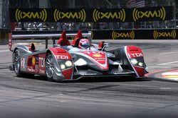 #2 Audi Sport North America, Audi R10 TDI Power: Marco Werner, Lucas Luhr