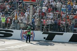 Kyle Busch catches the checkered flag