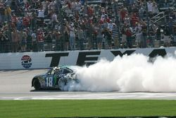Burn out for Kyle Busch