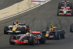 Lewis Hamilton, McLaren Mercedes, MP4-23 and Mark Webber, Red Bull Racing, RB4