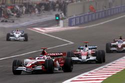 Takuma Sato, Super Aguri F1 Team, Jarno Trulli, Toyota F1 Team