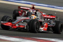 Lewis Hamilton, McLaren Mercedes, Takuma Sato, Super Aguri F1