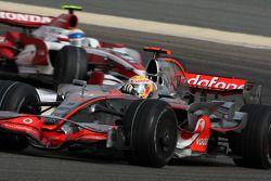 Lewis Hamilton, McLaren Mercedes, Anthony Davidson, Super Aguri F1 Team