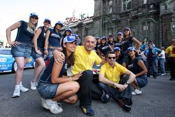 Parade in the city of Puebla with teams and drivers