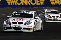 Andy Priaulx, BMW Team UK, BMW 320si WTCC, Jorg Muller, BMW Team Germany, BMW 320si