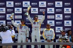 Podium, Rickard Rydell, Seat Sport, Seat Leon TDI, Tiago Monteiro, Gabriele Tarquini, Seat Sport, Seat Leon TDI