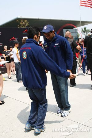 Parthiva Sureshwaren, driver of A1 Team India and Narain Karthikeyan, driver of A1 Team India