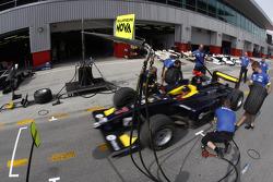 Super Nova Racing practice pit stops