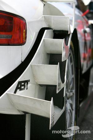 Audi A4 DTM wing detail