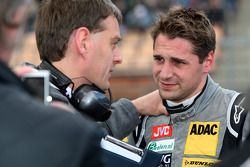 Christijan Albers, TME, Audi A4 DTM talking to his race-engineer Jos Claes