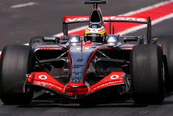 Pedro de la Rosa, Test Driver, McLaren Mercedes, on slicks