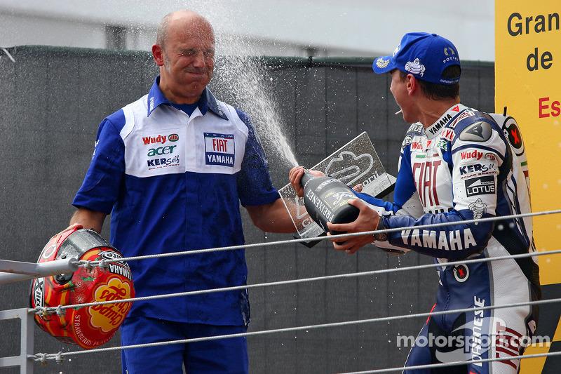 Jorge Lorenzo fête sa victoire avec Daniele Romagnoli