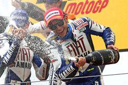 Подиум: шампанское для Валентино Росси