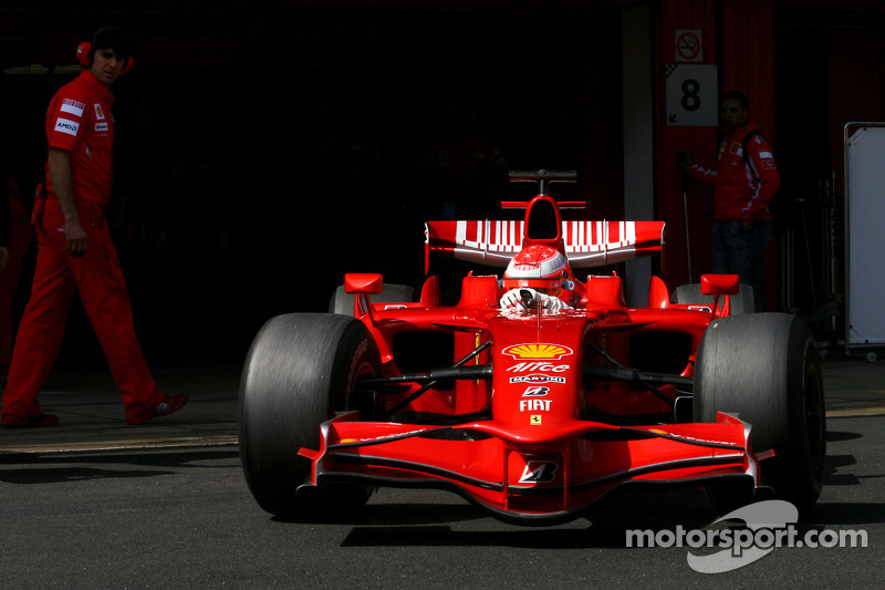 Michael Schumacher, Test Pilotu, Scuderia Ferrari, slicks
