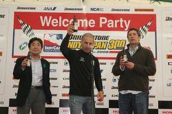 Honda Welcome Party: Tony Kanaan proposes a toast