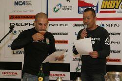 Honda Welcome Party: Tony Kanaan does the champions taste test