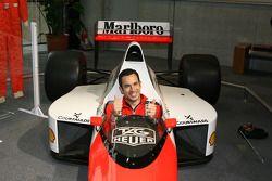 Visit of Honda Museum at Twin Ring Motegi: Helio Castroneves in the McLaren Formula One car of legen