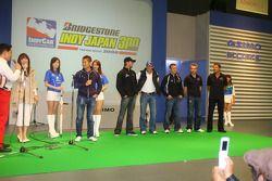 IndyCar drivers meet local fans