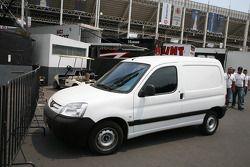 A small service vehicle