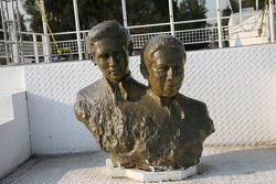 Rodriguez brothers monument: Ricardo and Pedro Rodriguez