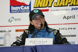 Conférence de presse d'après-course : la gagnante, Danica Patrick
