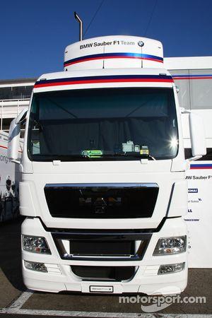 BMW Sauber F1 Team truck