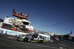 Paul Dumbrell (Autobarn Racing Team Commodore VE)