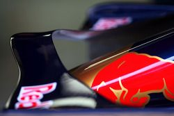 Toro Rosso TR02 ön kanat detay