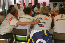 Reunión de jefes de equipo, Bernie Ecclestone, Presidente y Director General de administración de F1