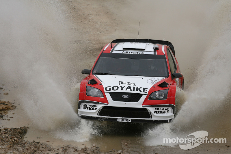 Барри Кларк и Хосе Диас, Ford Focus RS WRC