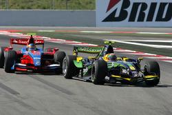 Алвару Парент, Super Nova Racing едет впереди Бруно Сенны, iSport International