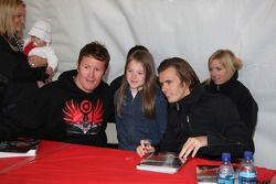 Autograph session: Scott Dixon and Dan Wheldon