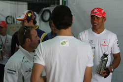 Lewis Hamilton, McLaren Mercedes chats with Mark Webber, Red Bull Racing and Rubens Barrichello, Honda Racing F1 Team