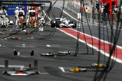 Nick Heidfeld, BMW Sauber F1 Team during the drive through penalty