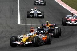 Fernando Alonso, Renault F1 Team, David Coulthard, Red Bull Racing