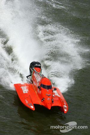 #27 Quicksilver Boat Team: Pierre Charlot, Stéphane Lemoine, Pierre-Yves Huon, Tomasz Rosinski