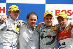 Podium: race winner Jamie Green with Paul di Resta, Tom Kristensen and Gerhard Ungar, chief technician HWA Mercedes