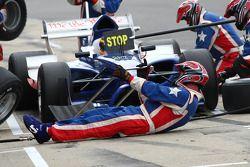 Jonathan Summerton, driver of A1 Team USA pit stop