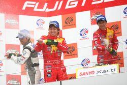 GT300 podium: class winners Kohei Hirate and Keisuke Kunimoto